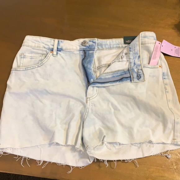 Wild Fable Mom Shorts